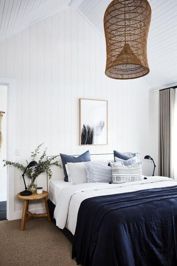 più cuscini aggiungi, più accattivante sarà il tuo letto e più piacevole ti sentirai qui