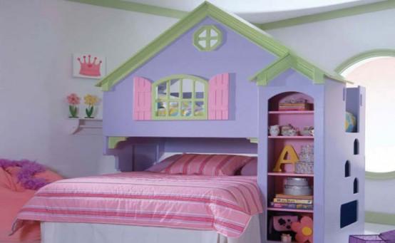 un'accogliente casa color pastello o una cameretta a tema castello con un letto color lavanda, biancheria da letto rosa e mobili luminosi