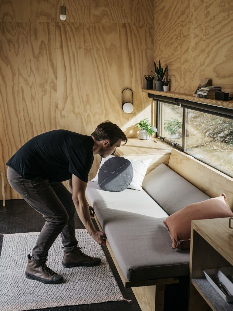 Il divanetto può essere convertito in un letto supplementare, se necessario