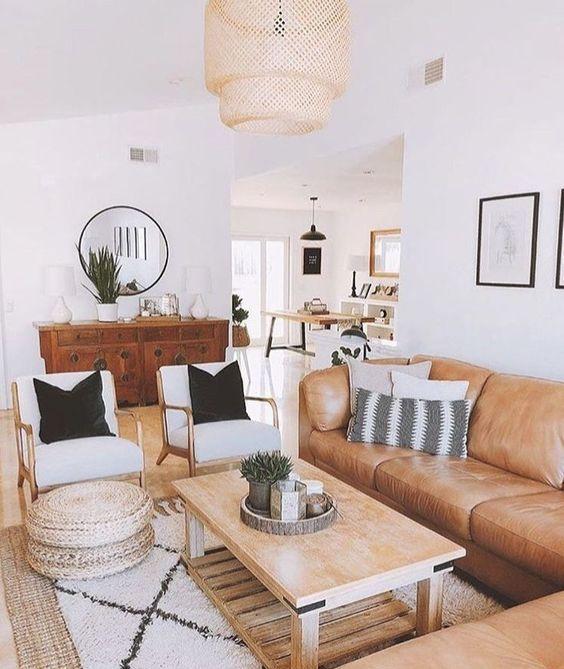 un grande divano componibile ospiterà molte persone ed eviterai di ingombrare il tuo soggiorno