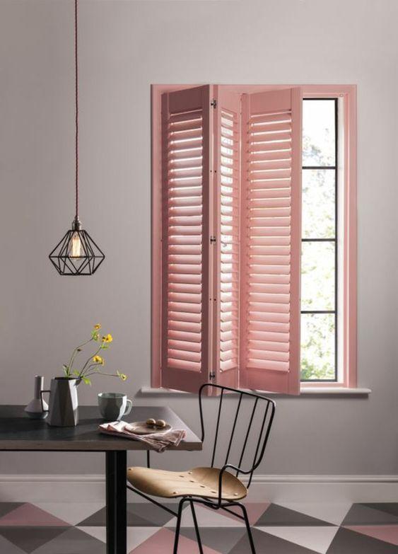 prova le persiane in varie tonalità per aggiungere colore al tuo spazio, questa è una nuova interpretazione di un trattamento tradizionale per finestre