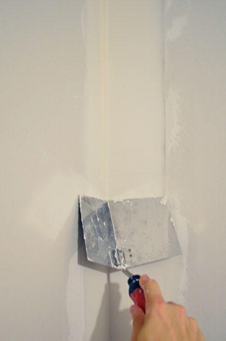 nastro adesivo, sabbia, fango un muro a secco per renderlo perfetto: ci sono istruzioni fai-da-te sul web