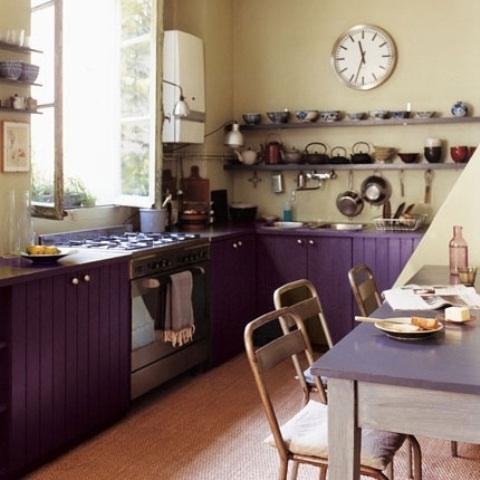 mescolando i colori viola e pistacchio creerà uno spazio unico, aggiungendo tocchi vintage