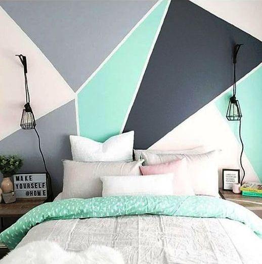 il blocco dei colori è un modo molto spigoloso per lavorare con il colore nella tua camera da letto e puoi aggiungere un tocco audace