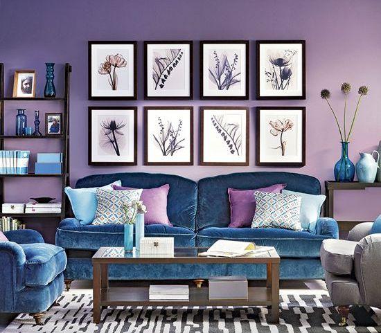 il lilla è un'idea audace e accattivante per le pareti e i mobili blu possono completare lo spazio in modo elegante