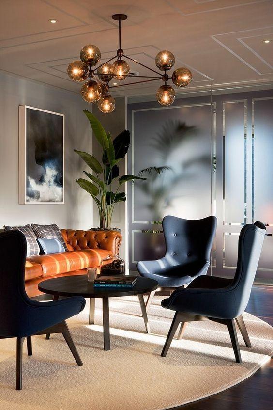 separa i tuoi spazi con eleganti divisori in vetro smerigliato o porte con cornice per dividere in modo sottile ed elegante