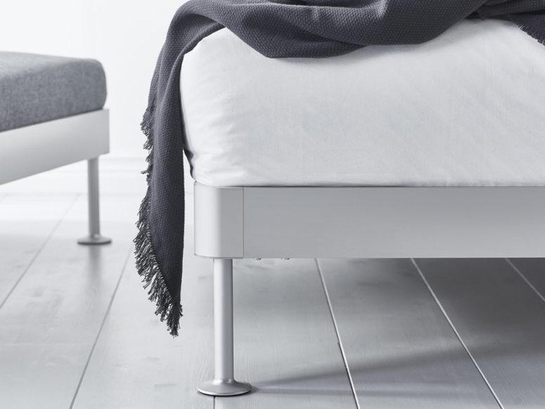 Il design del letto si basa sulla collezione di sedute Delaktig, creata lo scorso anno