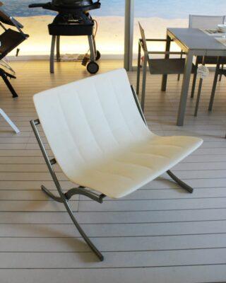Elegante divano e sedia per esterni Barceloneta