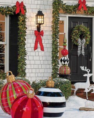 ornamenti di Natale sovradimensionati