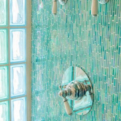 modi per usare le piastrelle sottili nei bagni