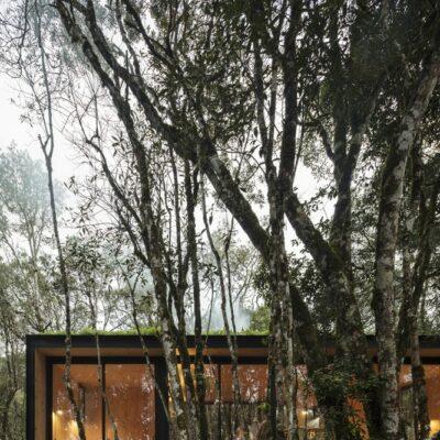 Casa prefabbricata in legno 90 mq nella foresta brasiliana