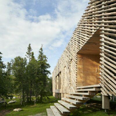 Skigard Hytte casa con rivestimento in legno